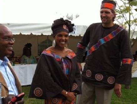 Dirk Nowitzki and Jessica Olsson marry in Kenya