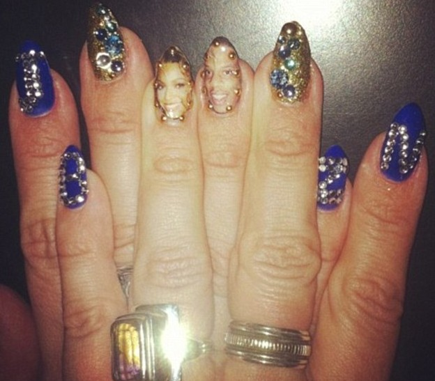 Nail art pays homage to music royalty Beyonce and Jay-Z.