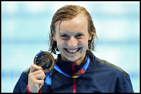 Katie-Ledecky-competitive-swimming